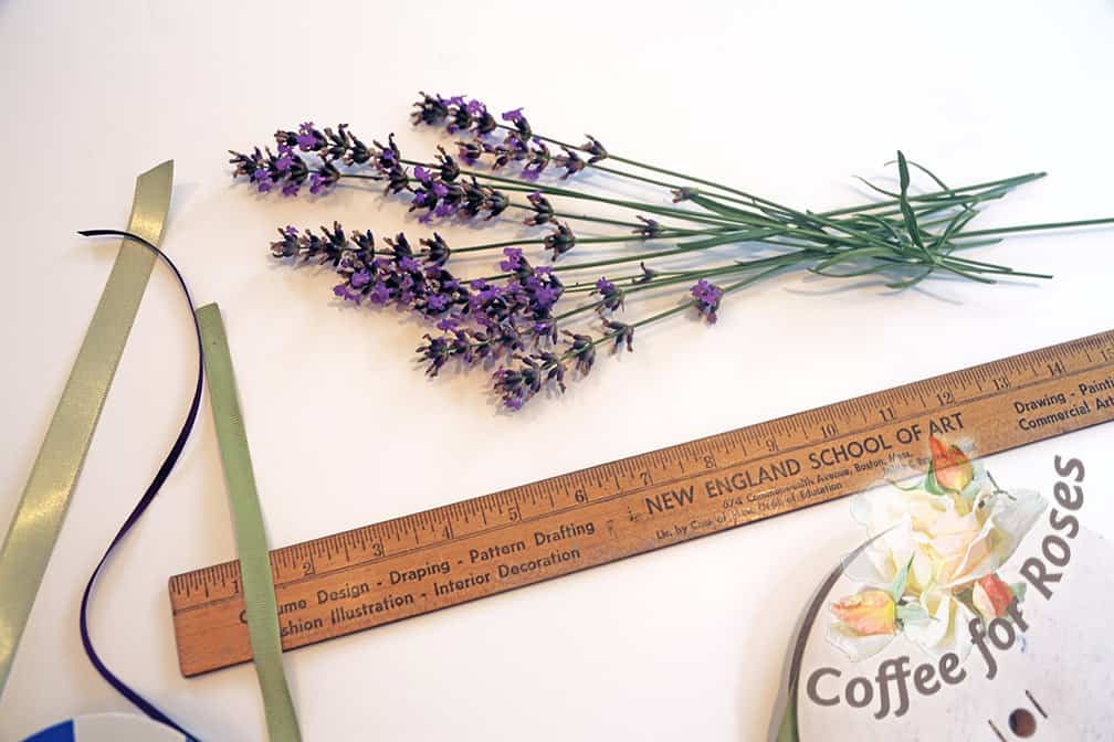 Start with an odd number of lavender stems. I used 11 for this wand. It's absolutely important for it to be an odd number.