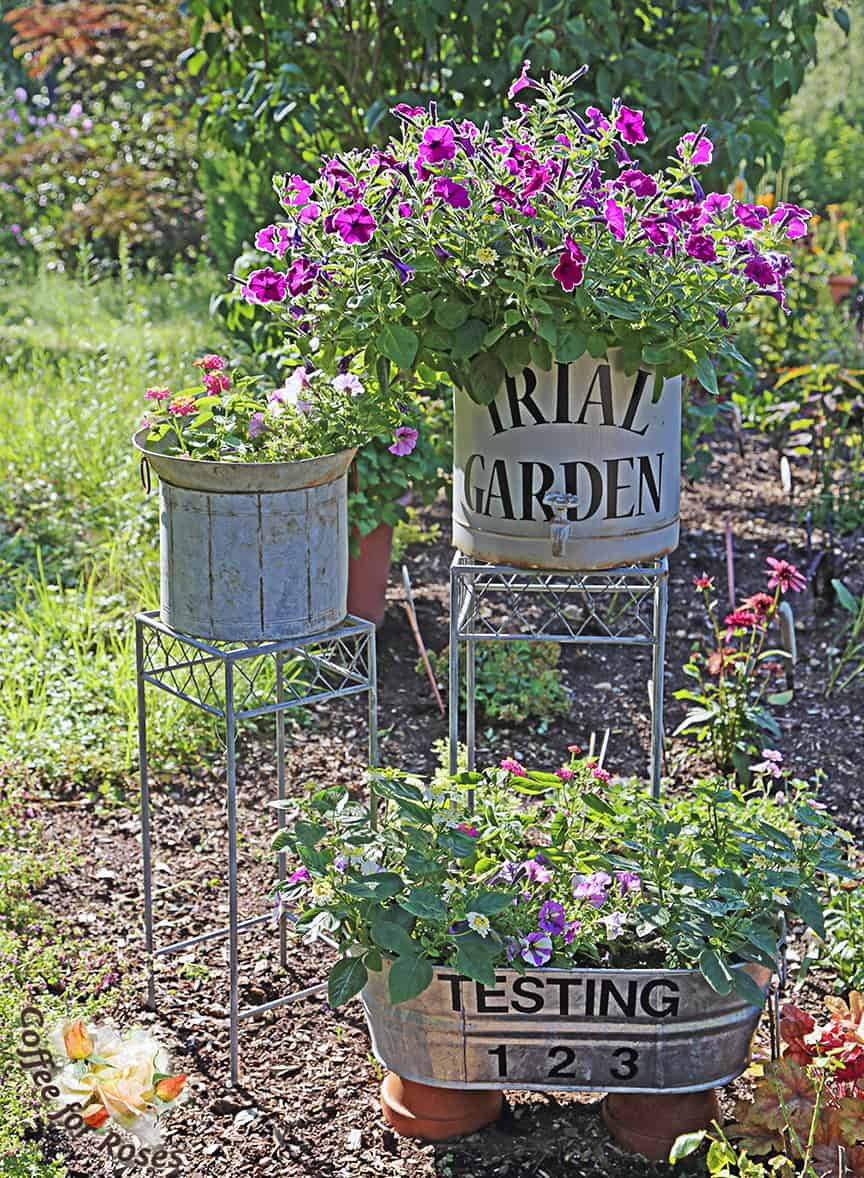 This would be a charming way to sign areas for a party, garden tour or outdoor wedding as well.