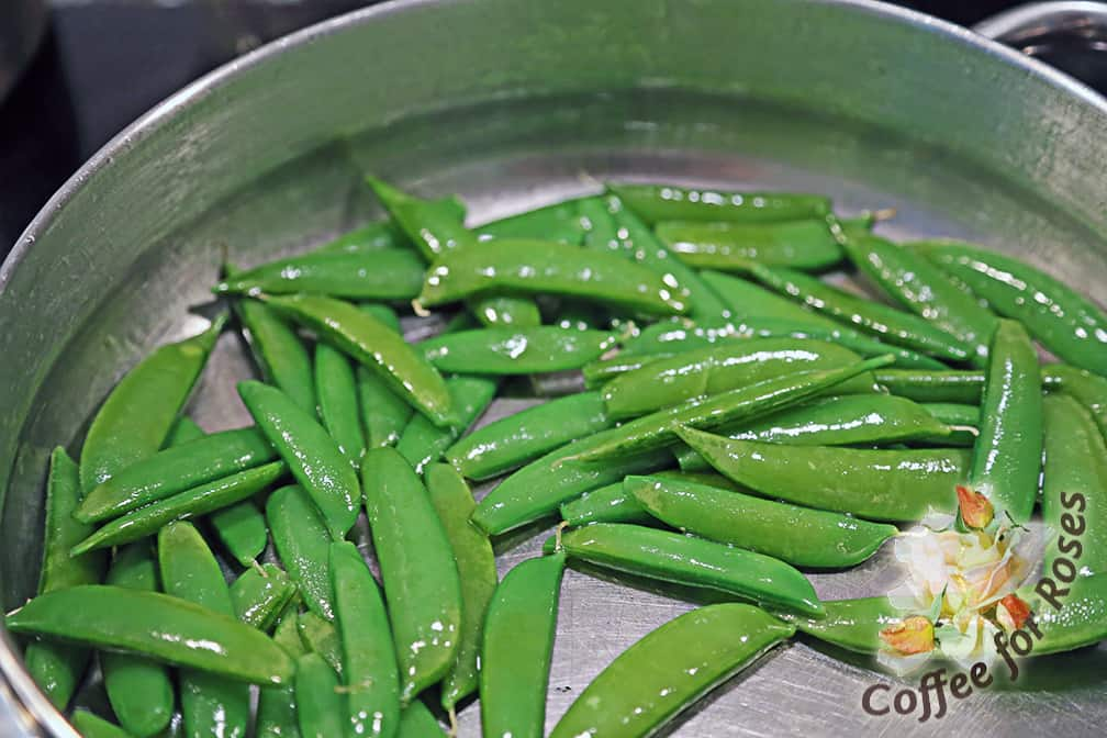 how to cook sugar snap peas in microwave